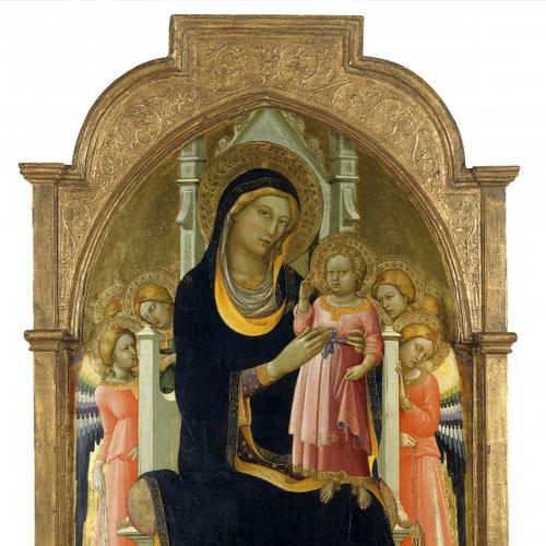 Seis ángeles flanquean el trono de la Virgen llevan incienso.Jesús se levanta el borde de la túnica.El autor no presta atención al espacio y perspectiva.Fue el maestro de Fra Angelico.