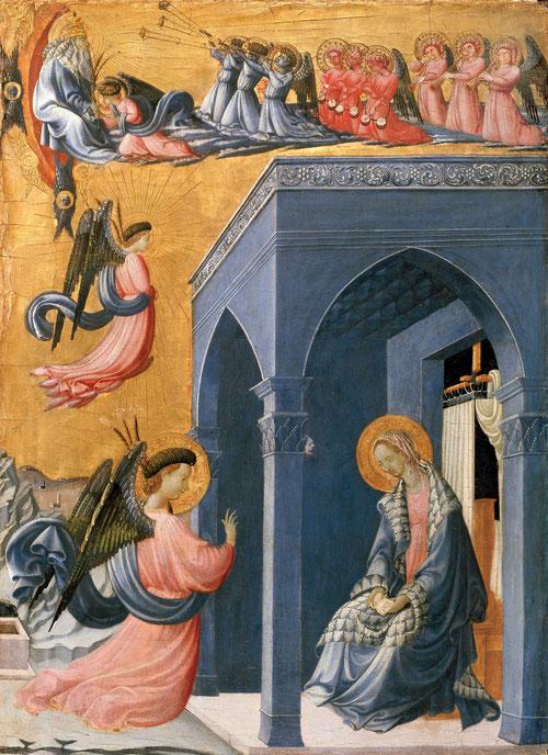En la parte superior de la tabla, Dios Padre le entrega azucenas al arcángel Gabriel que parece acompañador por tres filas de músicos, Gabriel desciende a la tierra y llega al pórtico y ella lerecibe con elegante manto azul forrado de piel de marta.