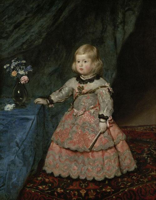 La infanta Margarita niña, 1654.Kunsthistorisches Museum, Viena.Amplio cortinón para resolver el fondo y arrimada a un bufete, alcanza una majestuosa eficacia comunicativa.