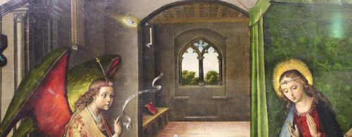 Misterio de la Encarnación y la Trinidad:El ángel se arrodilla delante de la Virgen que está sentada y la paloma vuela inmersa en un halo de luz.