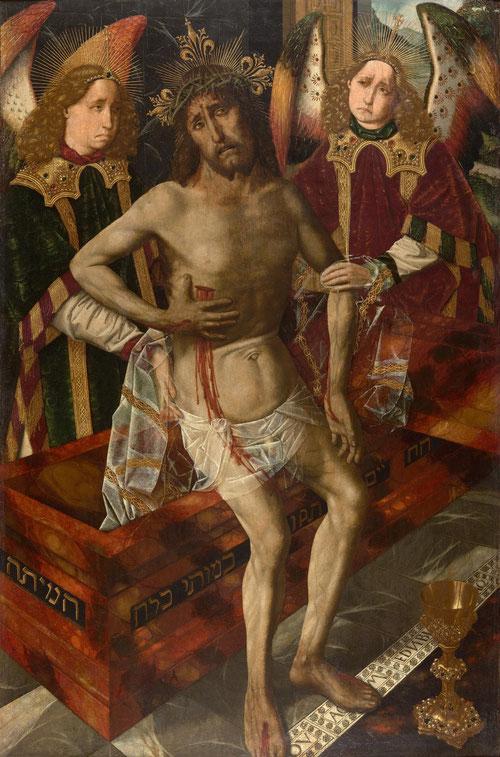 """Cristo de la Piedad.1465-75..Peralada.Girona. Cristo, sentado en el sepulcro dispuesto en diagonal decorado por inscripción en hebreo""""El reparó la vida,con su muerte puso fin a la muerte"""". Con las llagas de la Pasión se oprime el costado."""