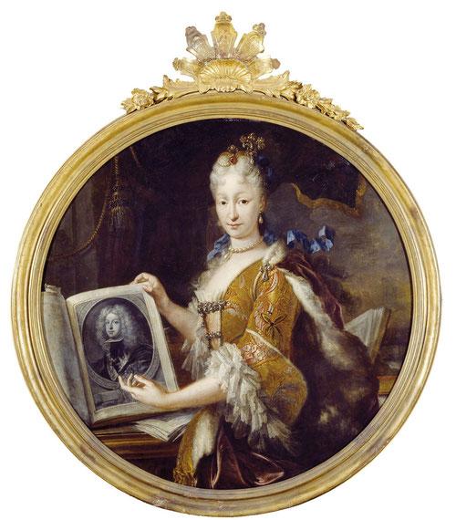 Isabel de Farnesio. Miguel Jacinto Meléndez retrató en 1727 a la segunda mujer de Felipe V, rodeada de libros y estampas, culta y gran lectora hablaba italiano, francés, alemán y español.