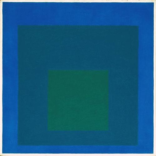 Josef Albers,Blue Call,homenaje al cuadrado,1950.Además de profesor,artista,trabajó en Alemania y Estados Unidos,diseñador,tipógrafo,poeta..Explora las interacciones cromáticas entre cuadrados de distintos colores organizados concentricamente en el lienzo