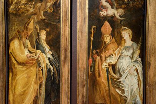 San Amando y santa Walburga.Sta Catalina de Alejandria y San Eligio.1610.Òleo sobre tabla 66x25cm.Londres Dulwich Picture Gallery.Formarán parte los bocetos para las traseras del tríptico de la Elevación de la cruz en Sta Maria Walburga de Amberes.