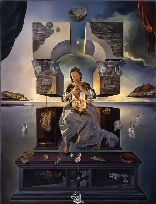 Madonna de Port Lligat, Salvador Dalí.1950. Óleo sobre lienzo. 144x96cm Fukuoka Art Museum.Japón. Al fondo los peñascos de Port Lligat en un paisaje ingrávido donde Gala, su mujer danza vestida de novia.