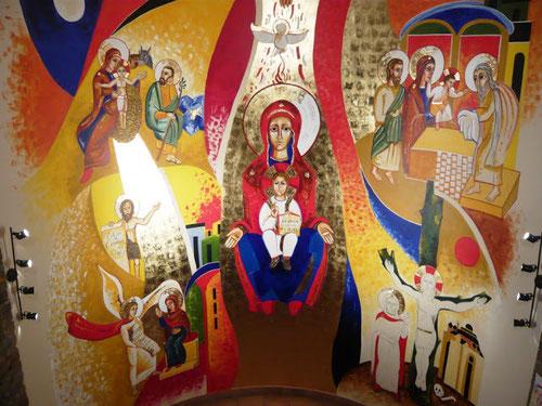 Mural Sedes Sapientae,Virgen del Prado, Valladolid. Juan Carlos Álvarez 2012. Un diseño pictórico propio con los misterios de la vida de la Virgen,cuyo eje es María como Trono de Sabiduría.Ella es el trono en el que se sienta su Hijo.