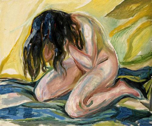 Desnudo femenino de rodillas,1919.Espacio de reflexión,todo un trance introspectivo del dolor y sufrimiento,su fascinación por los estereotipos de mujer con todo un catálogo de sentimientos.Fuerza desgarradora,denuncia abiertamente la doble moral burguesa