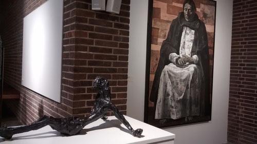 Escultura de Pablo Serrano. Cristo(boceto)1963.Bronce,fundición pulido y patinado. Isaac Pablo Serrano.