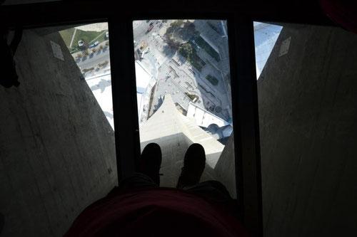 Nobbis Füsse 342 m über dem Boden