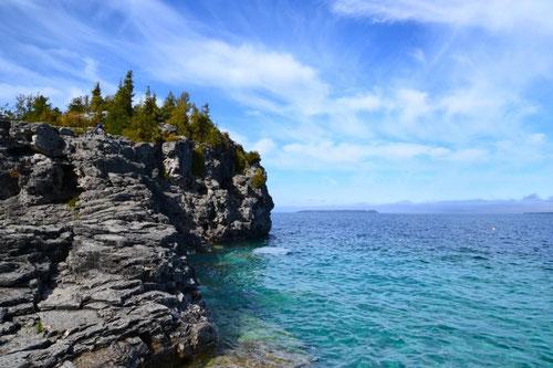 Türkisfarbenes Wasser wie in der Karibik, leider schon zu kalt zum baden