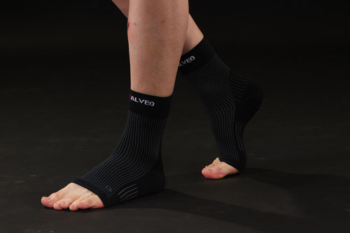 Bamboo Charcoal and Germanium Ankle Sleeve (Opening)
