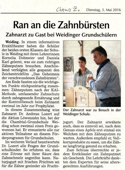 Zahnarzt Dr. Andreas Lozert in der Chambtal-Schule Weiding