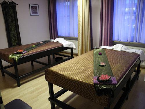 Das lila Zimmer, auch für Paar Massage.