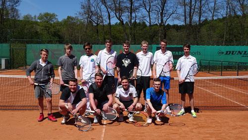 Herren 2 TC Warstein gemeinsam mit der Mannschaft des TC Brilon