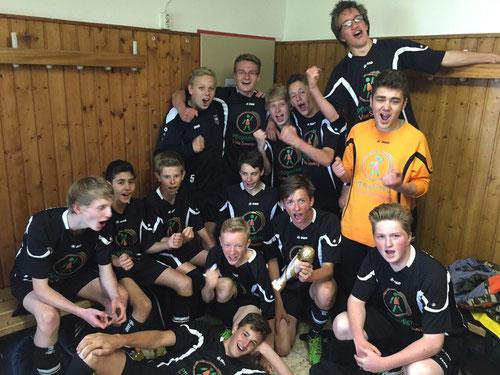 Das Bild zeigt den Staffelzweiten: Die C-Jugend von DJK Eintracht Papenburg