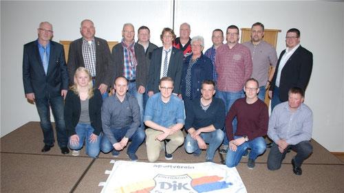 Bei der Generalversammlung des DJK Eintracht Papenburg wurde ein neuer Vorstand gewählt. Sie wollen den Verein gemeinsam in die Zukunft führen. Foto: Hermann-Josef Tangen