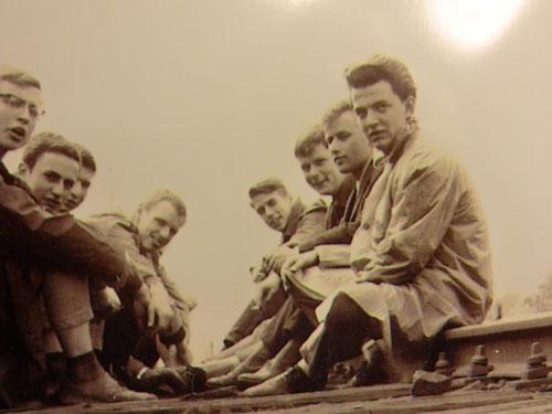 In memoriam - Marburg Klassenfahrt - unser Tappi (Mitte rechts) Erich daneben, Bernhard 3. v.l.