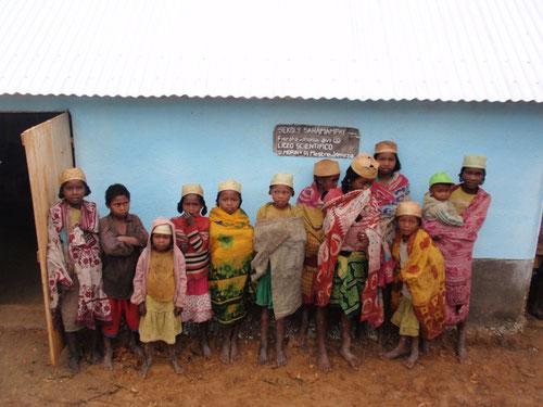 I bambini di Samampay in uno scatto di Angelo Sentieri durante il suo viaggio di quest' estate in Madagascar