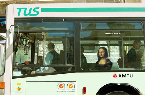 La Gioconda de Leonardo da Vinci. Autobús. Línia 2.