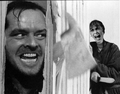 Pobra Janet Leigh. Primer no la deixen tranquil·la a la dutxa i quan surt es troba amb el paranoic del Jack esbombant-li la porta. Els dos lavabos mes terrorífics del cine.