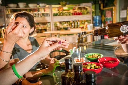 Oulibo : dégustation olives, tapenades, huiles chauffeur privé rc vtc narbonne occitanie