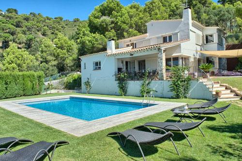 louer belle maison 13 personnes begur piscine jardin maison de charme