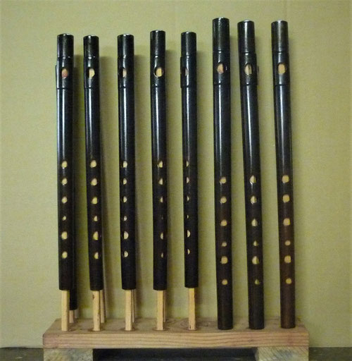 オリジナル横笛D管B管 製作中漆塗り