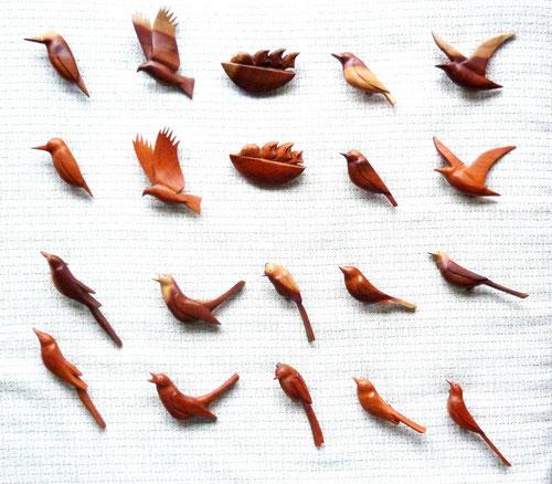 鳥のブローチ10種
