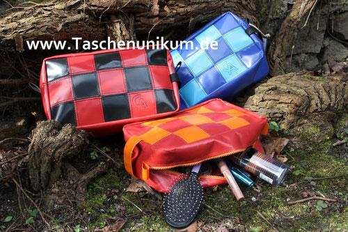 Bild: Kulturtasche aus LKW Plane, verschiedene Farben zur Auswahl