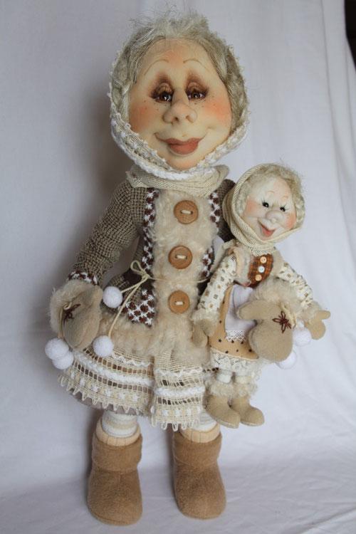 Дуняша с куклой