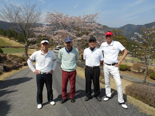 足利カントリークラブでお花見ゴルフ!