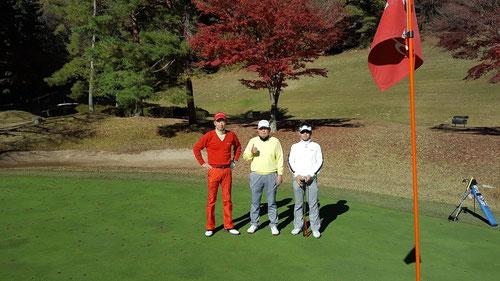 唐沢ゴルフ倶楽部三好コースで紅葉を見ながらプレー
