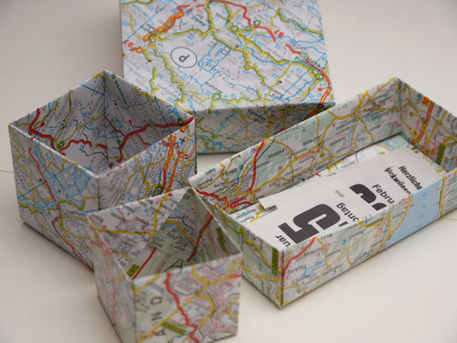 "Verschiedene Schachteln aus Origami-Papier ""MAP"""