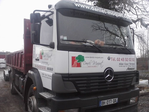 Déco camion Benne Daniel Moquet à Cérans le Foulletourte
