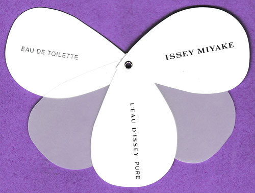 2017 - ISSEY MIYAKE : CARTE-FLEUR QUI S'OUVRE (VERSO BLANC)