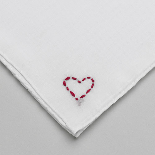 """Cuore"" handkerchief (24,- EUR)"