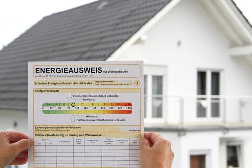 Energieausweis Verbrauchsausweis Bedarfsausweis von Rieg + Partner