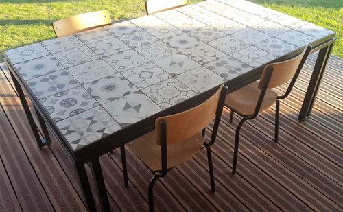 Fabrication de table extérieure sur mesure- Métal Bois Design