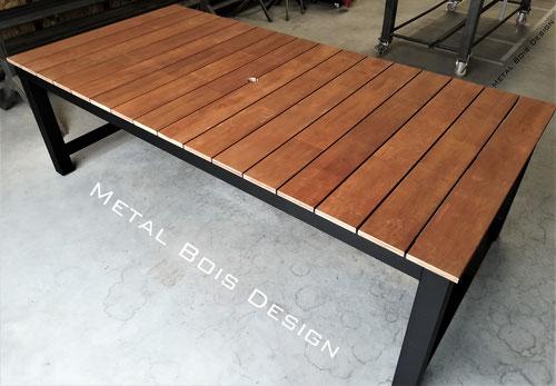 Fabrication de table extérieure acier bois sur mesure- Métal Bois Design