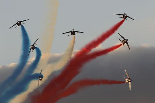 Eclatement final de la Patrouille de France (Copyright: LC)
