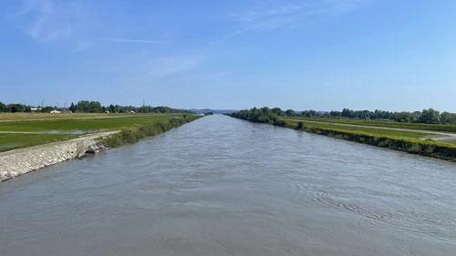 Der Rheinkanal der wenig weiter vorne in den Bodensee mündet.