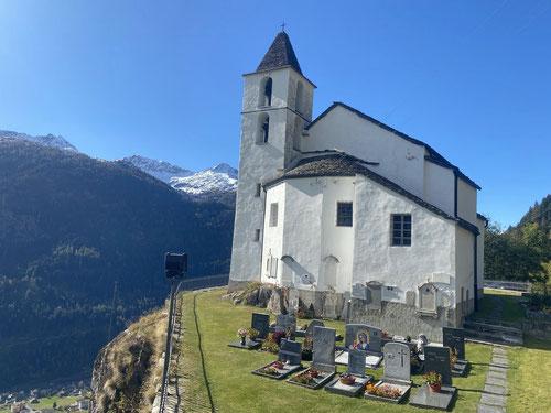 Und wieder mal an einer Kirche vorbei...