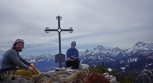 Beim Gipfelkreuz auf der Hexennase