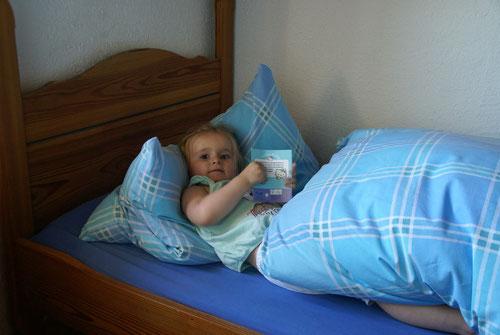 Ein eigenes grosses Bett für Emilia
