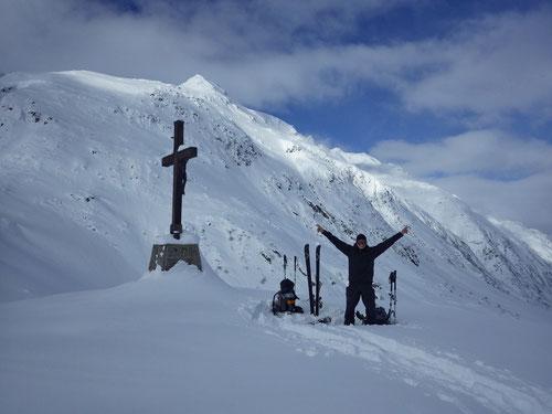 Doch noch ein (Gipfel?)-Kreuz