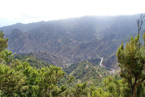 Blick auf die Berglandschaft von Gomera. Es lag noch einiges vor uns!