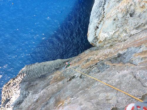 Klettern über dem Wasser :-)