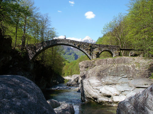 Ein Bild wie aus der Maggia-Tourismuswerbung.