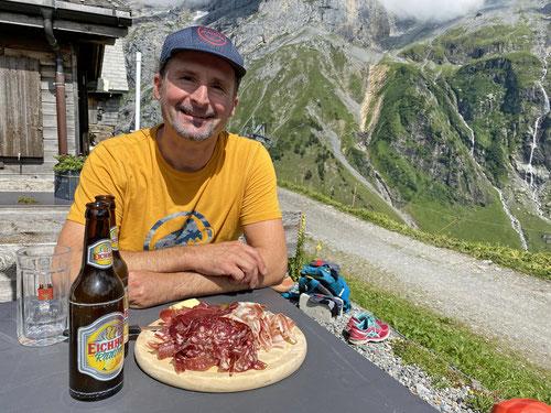 2020/07: Die Brotzeitplatte nach der Bergtour - So mag ich das!