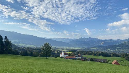 Der Streckenabschnitt entlang der Nagelfluhkette ähnelt sehr der Schweiz.